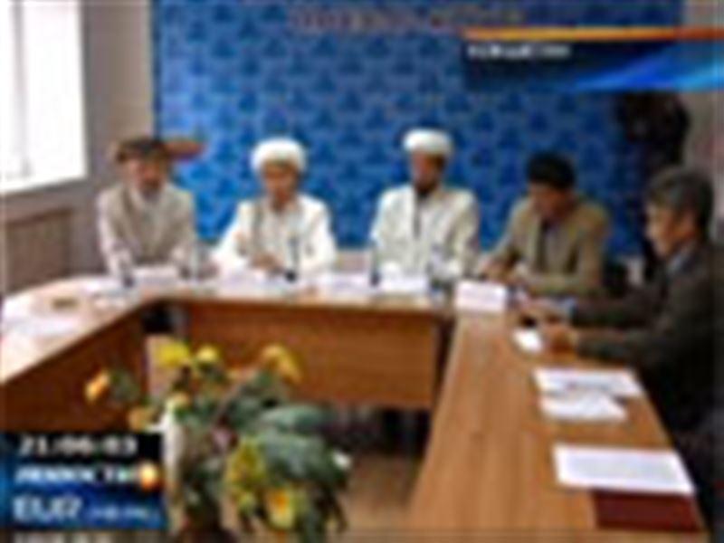 Дочь имама одной из кокшетауских мечетей все же будет получать светское образование