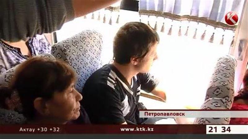 Уступать место старшим в автобусе призывают петропавловские чиновники