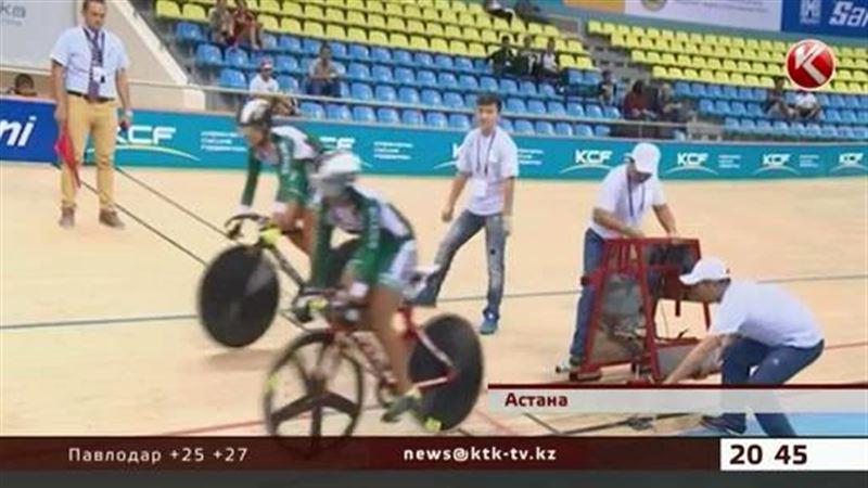 Астанада өтіп жатқан халықаралық велошеруде оқыс жағдай болды