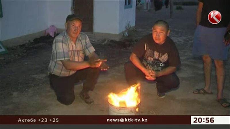 Семей іргесіндегі ауыл 20 жылдан бері жарыққа жарымай отыр