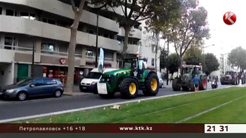 Пять тысяч фермеров на тракторах надвигаются на Париж