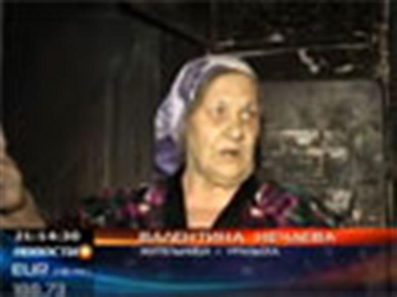 В Уральске пожарным удалось спасти чету пенсионеров, которые едва не погибли в огне