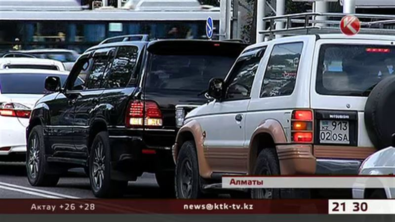 Растущее количество авто в Алматы может привести к коллапсу на дорогах
