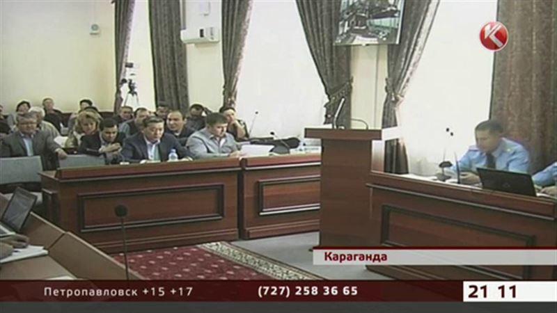 Адвокаты экс-премьера Ахметова заявляют о давлении на свидетелей