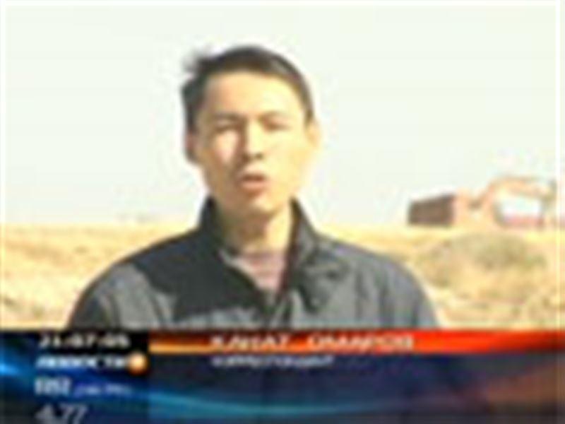 Столице Казахстана, возможно, по-прежнему угрожает биологическая бомба. Вместе со столичными чиновниками у очагов сибирской язвы побывал наш корреспондент