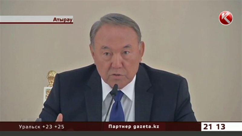 Назарбаев одевается от отечественных кутюрье