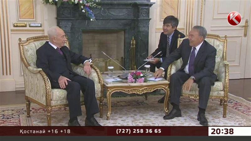 Назарбаев әлемнің ақылмандарын арнайы шақырып, Ақордада қонақ қылды