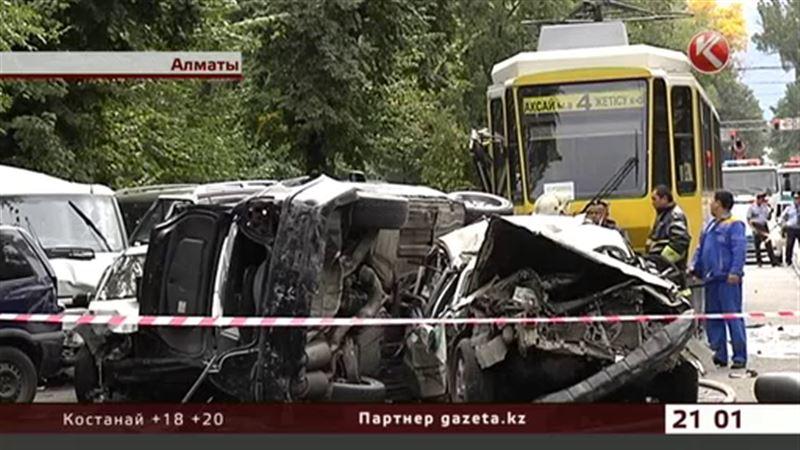Новые обстоятельства массовой аварии, которая произошла в Алматы