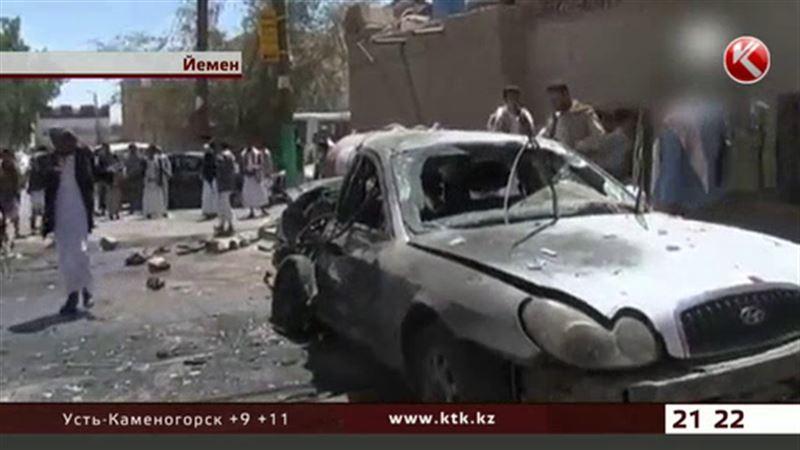 Взрыв в мечети на севере Саны унес жизни 30 человек