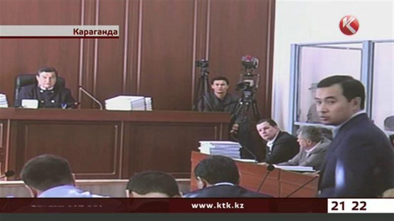 Дело Ахметова: на одного из фигурантов снова надели наручники