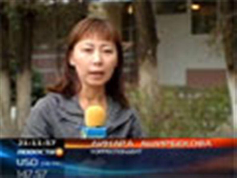 Актобе: голодающих преподавателей накажут за то, что они привлекли к акции протеста детей