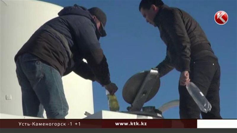 Нелегальный завод по переработке нефти обнаружили под Актау