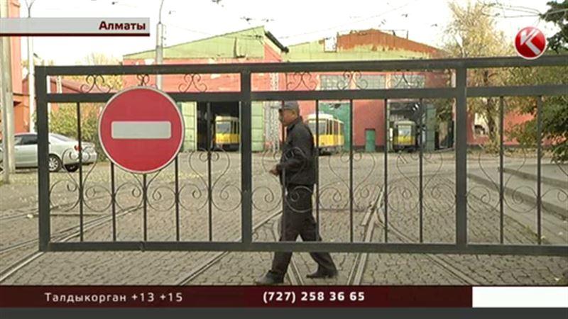 Власти Алматы: а нужен ли городу такой трамвайный парк?