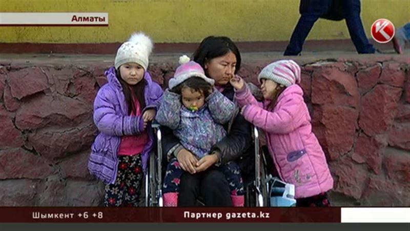 Женщине, сбежавшей с тремя детьми от мужа-тирана, нашли жилье полицейские