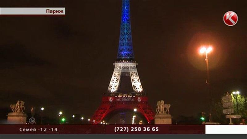 Теракты не заставили казахстанцев отказаться от рождественских каникул в Париже