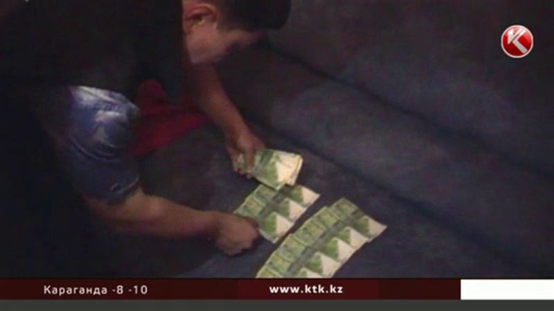 В Алматы осудили фальшивомонетчиков