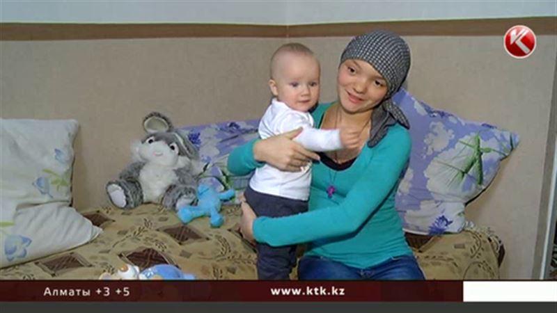 Девушка, которой помогли казахстанцы, вернулась на родину после операции