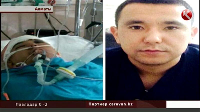 Избитые алматинские врачи заявляют, что в происходящем есть вина полиции