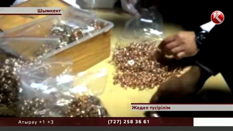 Шымкентте  алтын алып өтпек  болған тұрғын әуежайдан ұзай алмады