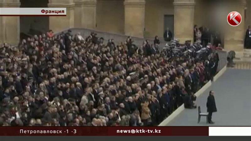 В Париже вспоминают жертв теракта 13 ноября