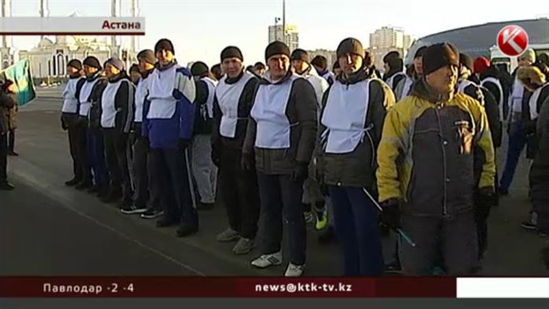 Столичные полицейские бегали в честь Дня Первого Президента