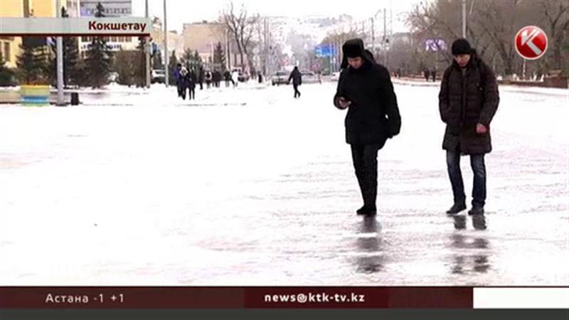 Встали на скользкий путь: казахстанские города превращаются в катки
