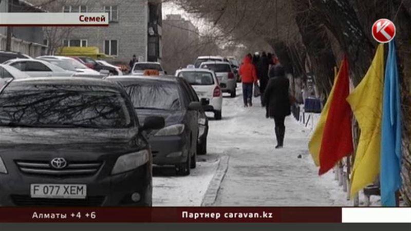 Трассы страны покрылись льдом, в городах очереди в травмпунктах