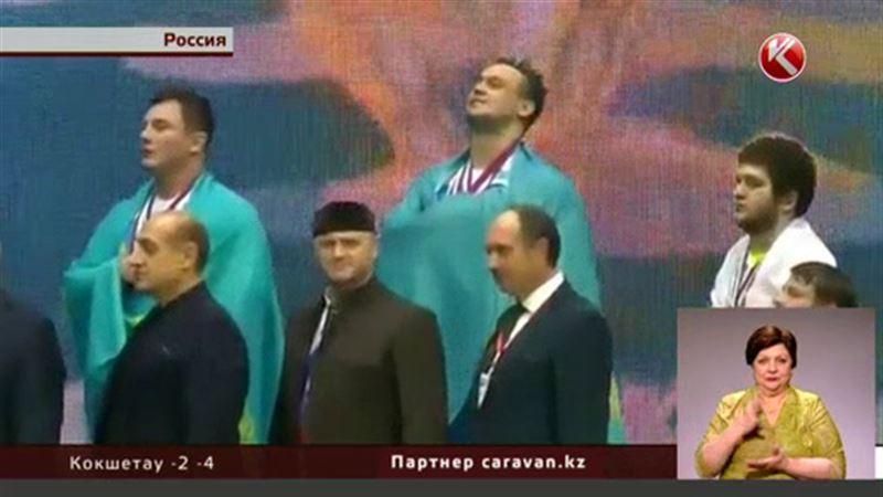 Путаница с гимном рассердила Илью Ильина