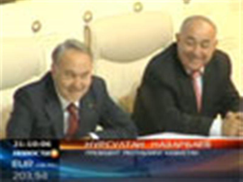 Нурсултан Назарбаев отклонил предложение Ассамблеи народа Казахстана о закреплении нового статуса главы государства в Конституции