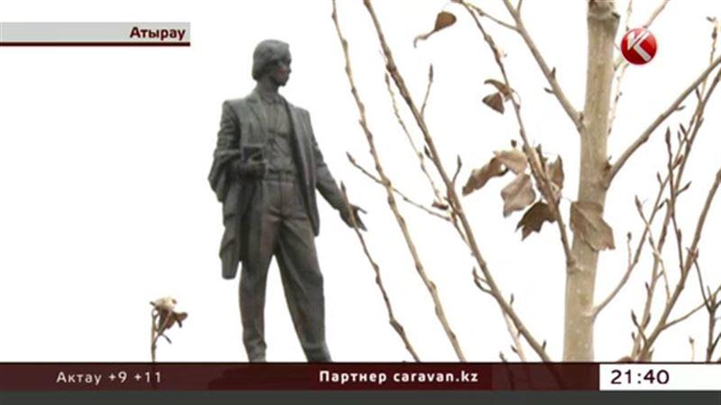 Автору Гимна Казахстана поставили памятник