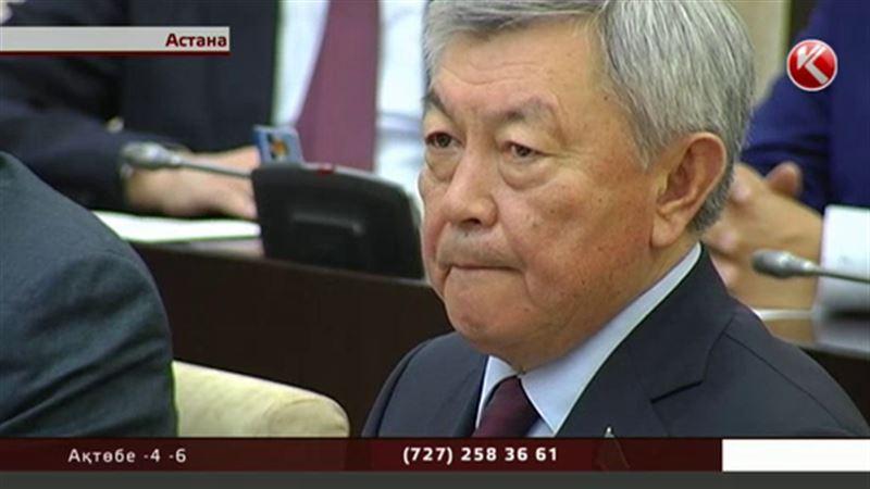Сенаторлар Нұртай Әбіқаевты ерекше қуанышпен қарсы алды