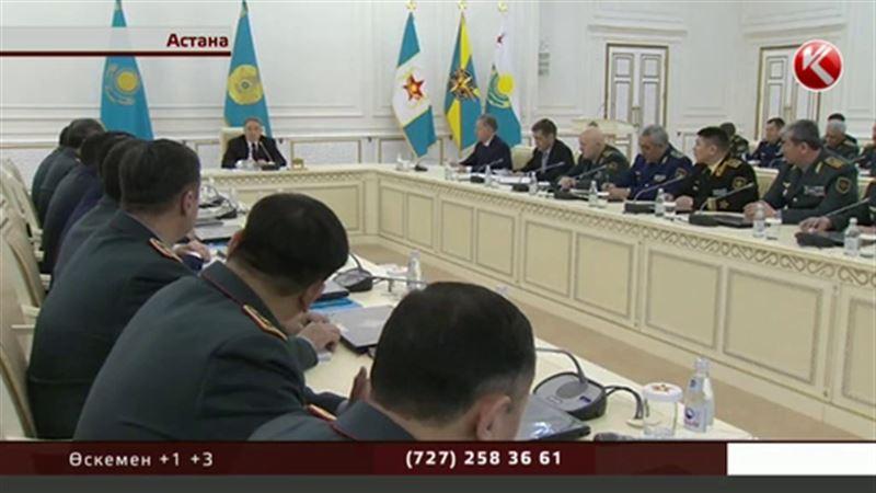 Назарбаев генералдарға гибридтті соғыс туралы айтты