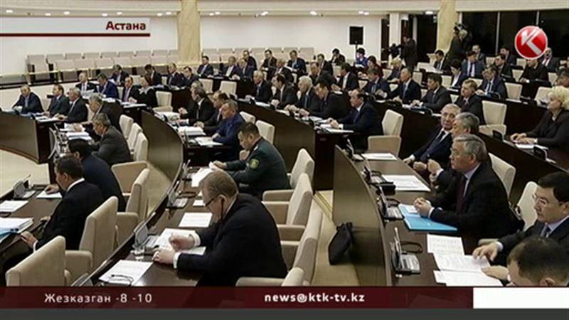Казахстанские сенаторы остались без коллег
