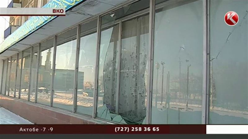 В поселке под Усть-Каменогорском взрывом выбило окна домов и магазинов
