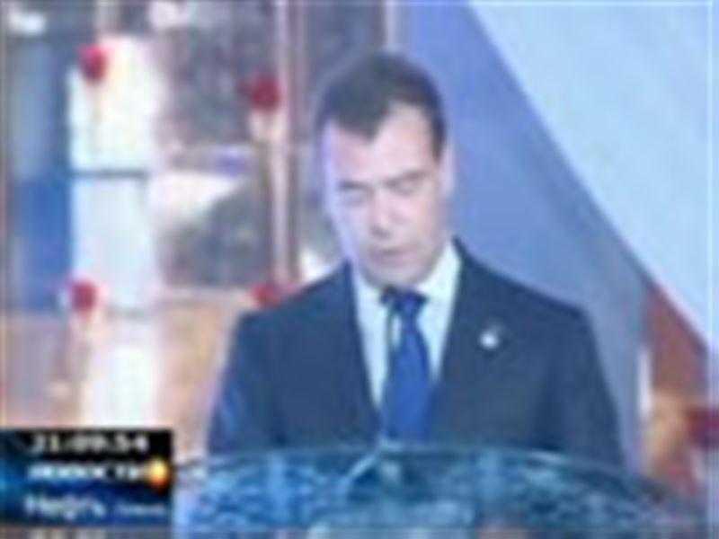 Российский Интернет взорвала запись выступления Дмитрия Медведева на казахском языке