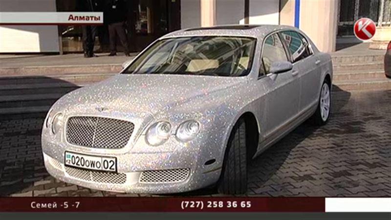 Очень «стразное» авто: казахстанцы распродают роскошные машины