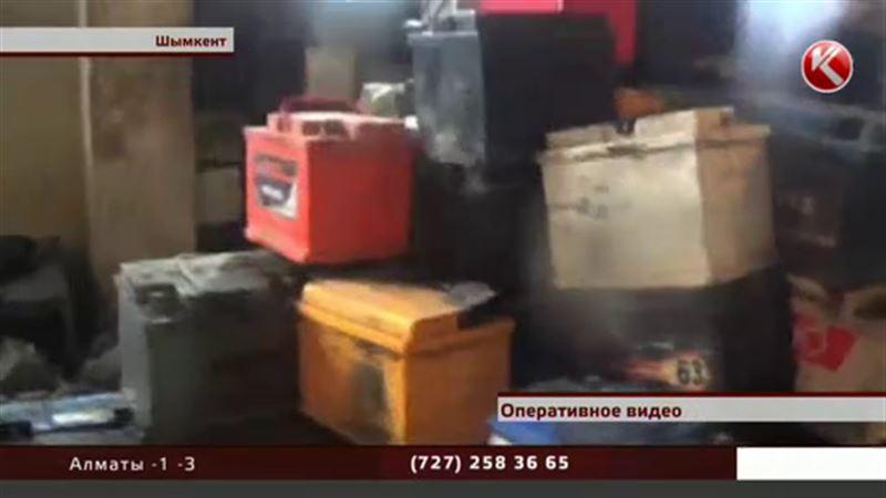 Шымкентские полицейские вернули автовладельцам украденные запчасти