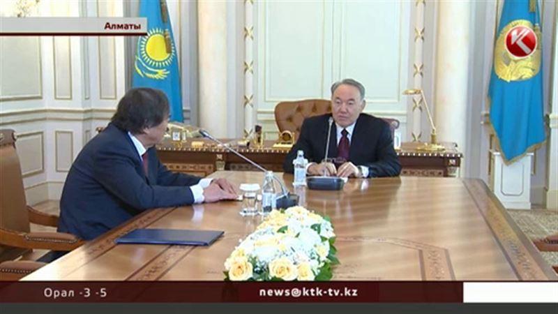 Назарбаев Алматыдағы резиденциясында Олжас Сүлейменовпен кездесті