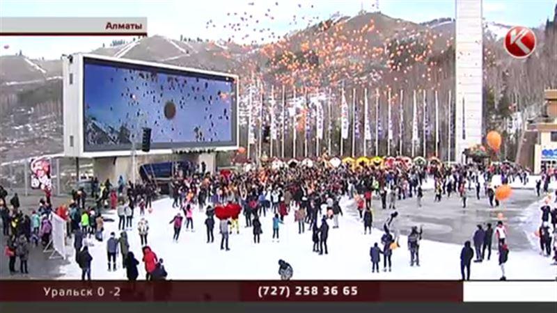 Над Медео взвились пять тысяч воздушных шаров
