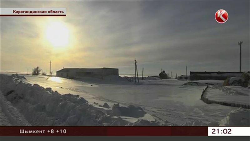 «Не уберем – утонем» - в Карагандинской области спешно вывозят снег