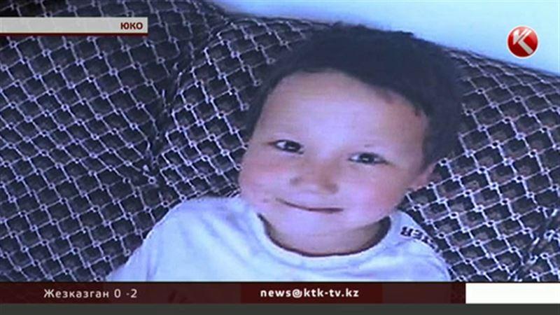 В Южном Казахстане третьи сутки ищут шестилетнего мальчика
