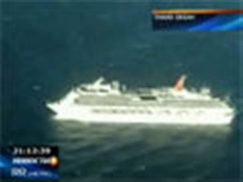 Круизный лайнер «Карнивал сплендор» потерпел бедствие у берегов Мексики