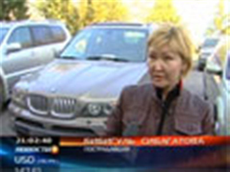 В Южно-Казахстанской области задержана преступная группа, которая за год угнала 30 дорогих автомобилей