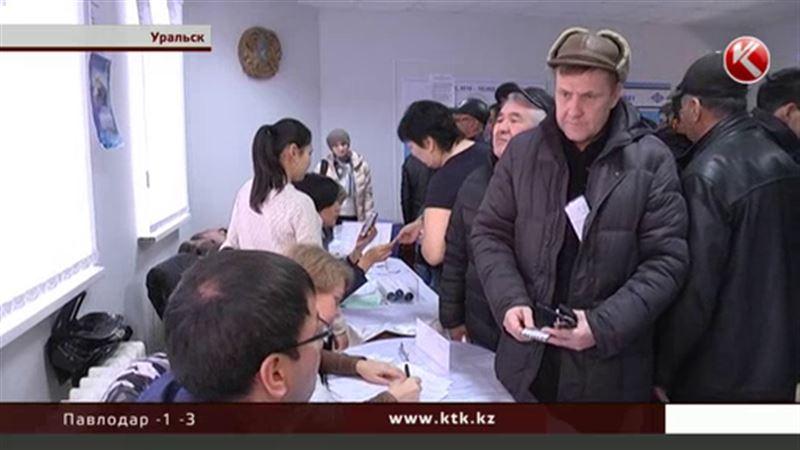 В Уральске срочно ищут врачей, слесарей и фрезеровщиков