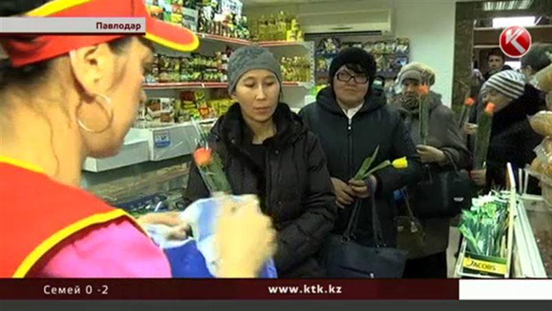Павлодарские предприниматели одарили бабушек, женщин-инвалидов, многодетных матерей