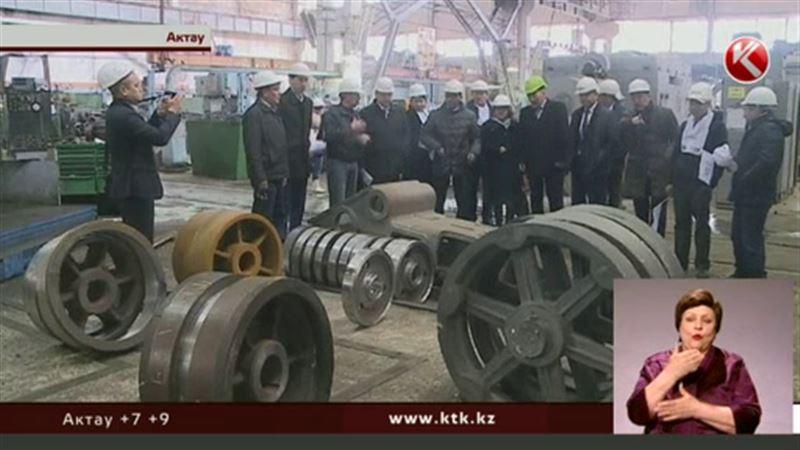 Казахстанцам пора определиться со своими политическими пристрастиями