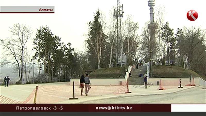 Алматинцы выясняют, сколько же деревьев вырубили на Коктобе