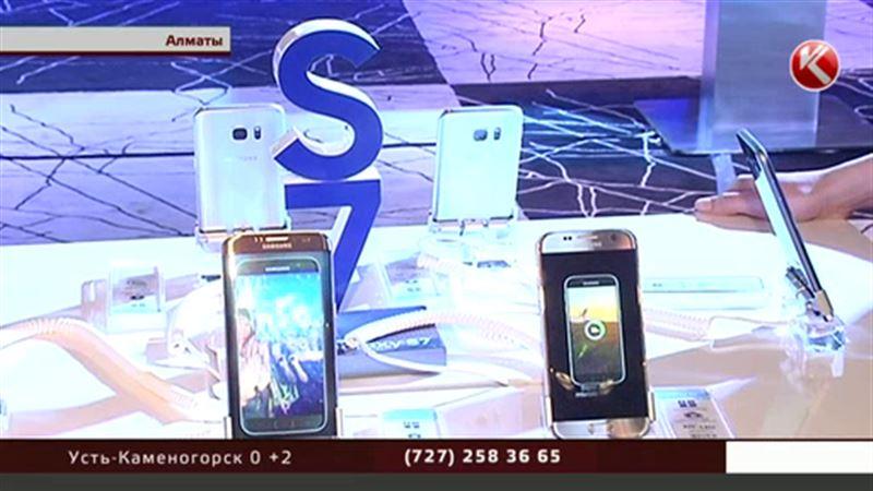Новый смартфон от Samsung прошел испытание водой и песком