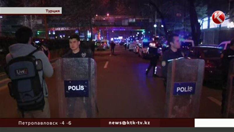 Турецкие силовики задержали 14 человек, возможно, причастных к терактам