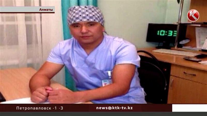 Алматинец, жестоко избивший врача скорой, жалуется на тошноту и нервозность